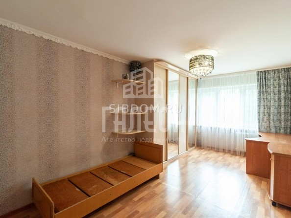 Продам 2-комнатную, 49 м², Труда ул, 7. Фото 7.