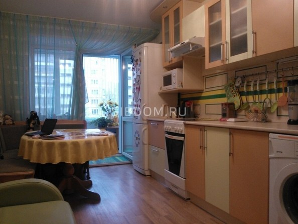 Сдам в аренду 1-комнатную квартиру, 52 м², Томск. Фото 1.