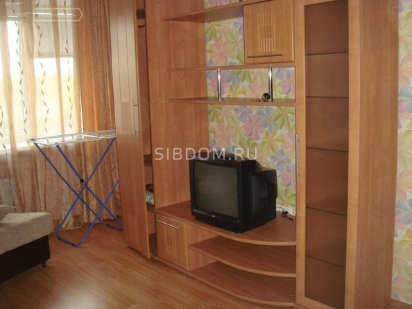 Сдам в аренду 1-комнатную квартиру, 35 м², Томск. Фото 2.