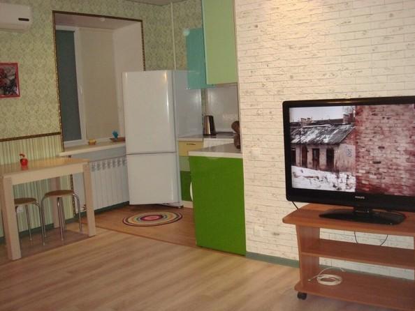 Сдам в аренду 2-комнатную квартиру, 46 м², Томск. Фото 2.