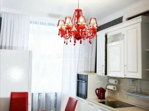 Сдам в аренду 2-комнатную квартиру, 70 м², Томск. Фото 1.