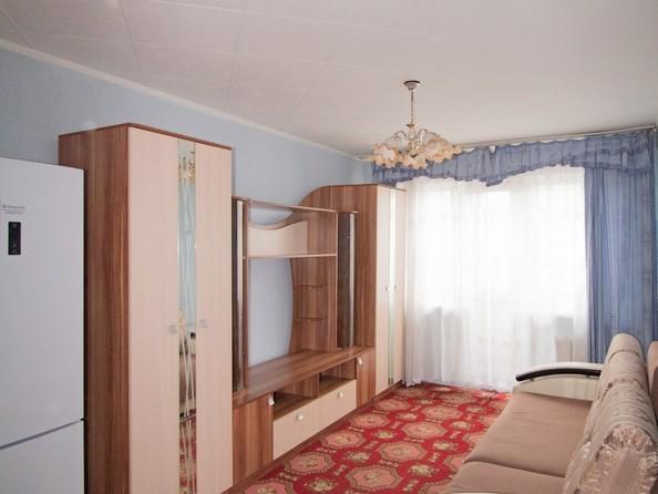 Продам 2-комнатную, 42.8 м², Ленина пр-кт, 235. Фото 1.